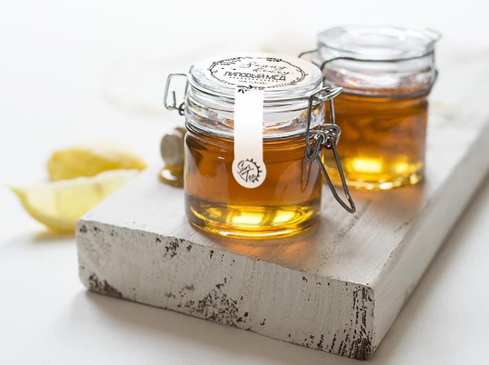 Липовый мёд в банке с бугельным замком